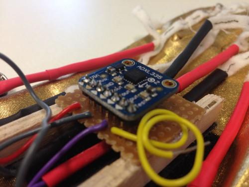 gloves_accelerometer